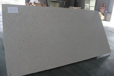 China Weiße Schein-Quarz Countertops/Stärke Quarz-Badezimmer Worktops 12-30mm usine